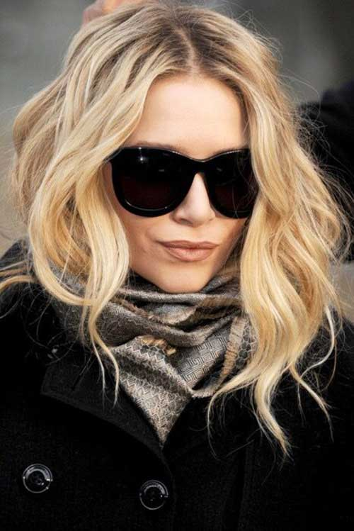 Cute-Haircuts-for-Wavy-Hair